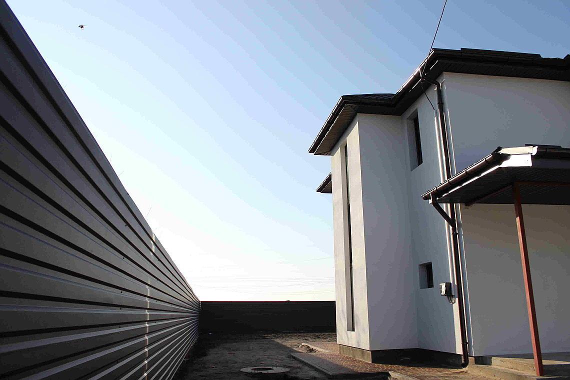 будинок двоповерховий з ракушняка